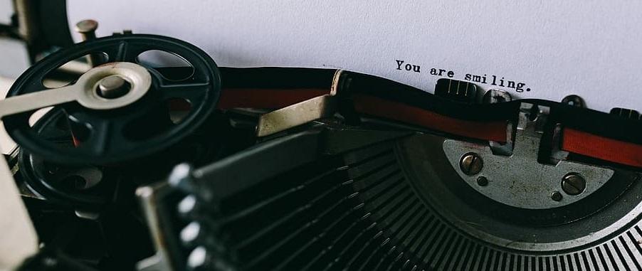 escritura máquina de escribir writing historia resiliencia resilience